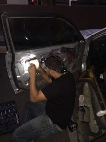 car locksmith in phoenix. repair door locks foe Honda. the door locks was broken and we had to replace it